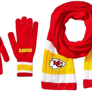 Little Earth Accessories - KANSAS CITY CHIEFS KNIT SCARF AND GLOVES SET NEW e2117bf4fb48